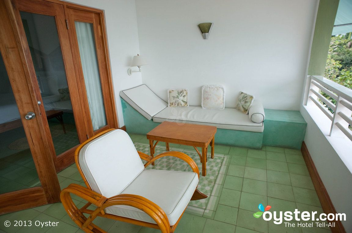 Couples Swept Away Review What To Really Expect If You Stay Couples Swept Away Negril Great House