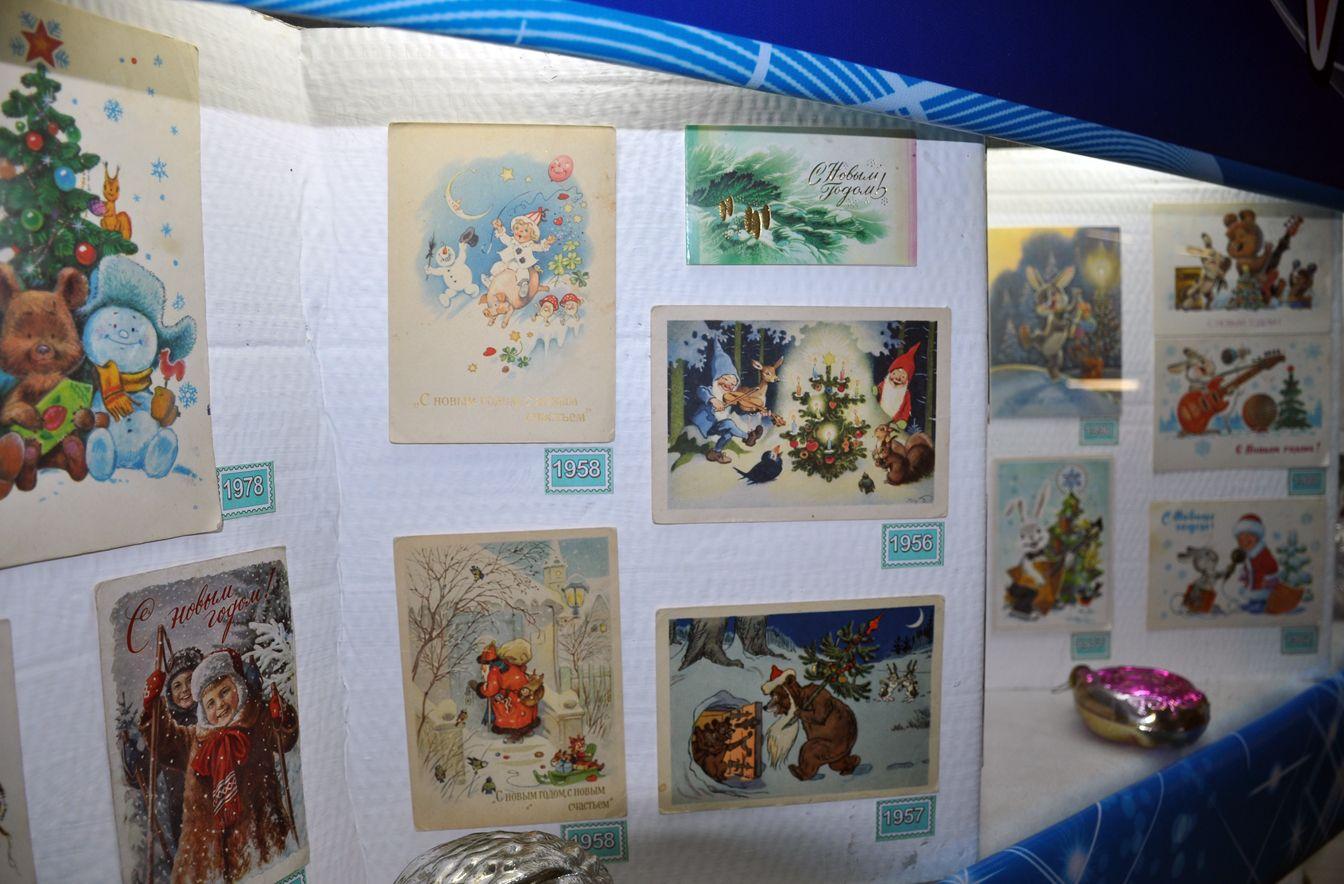 Выставка открыток к новому году, картинки фото