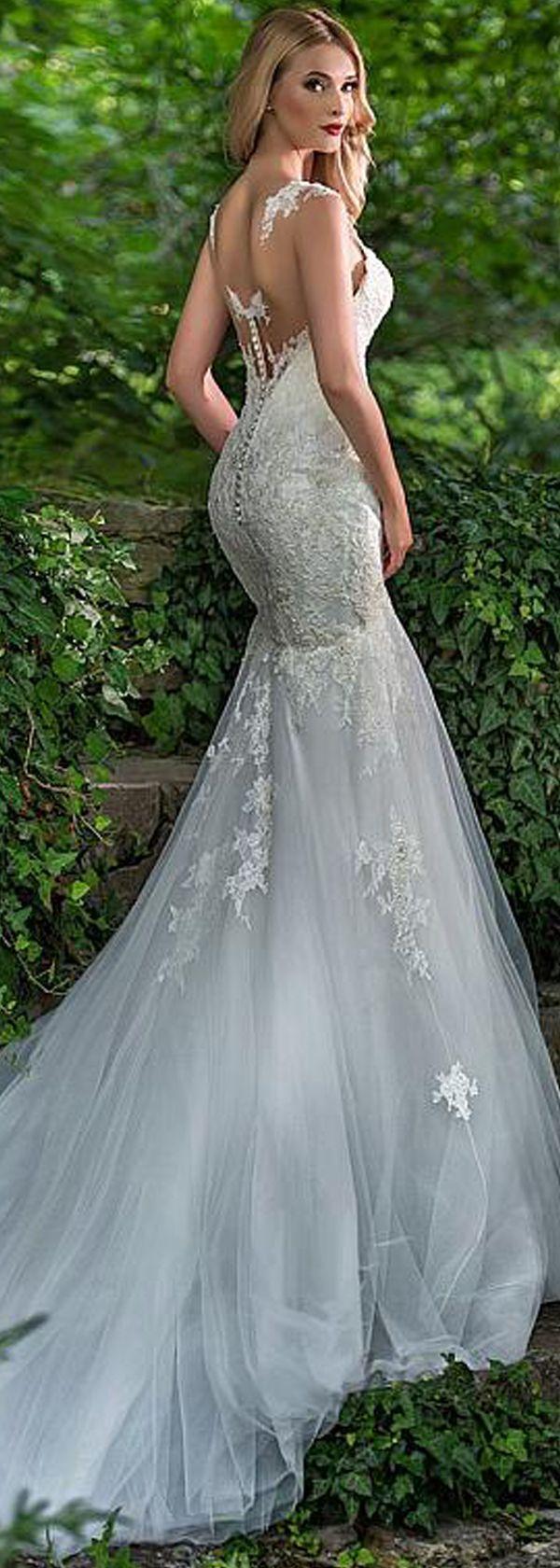 Mermaid dress wedding  Mermaid Wedding Dresses  Romantic Tulle Scoop Neckline Floorlength