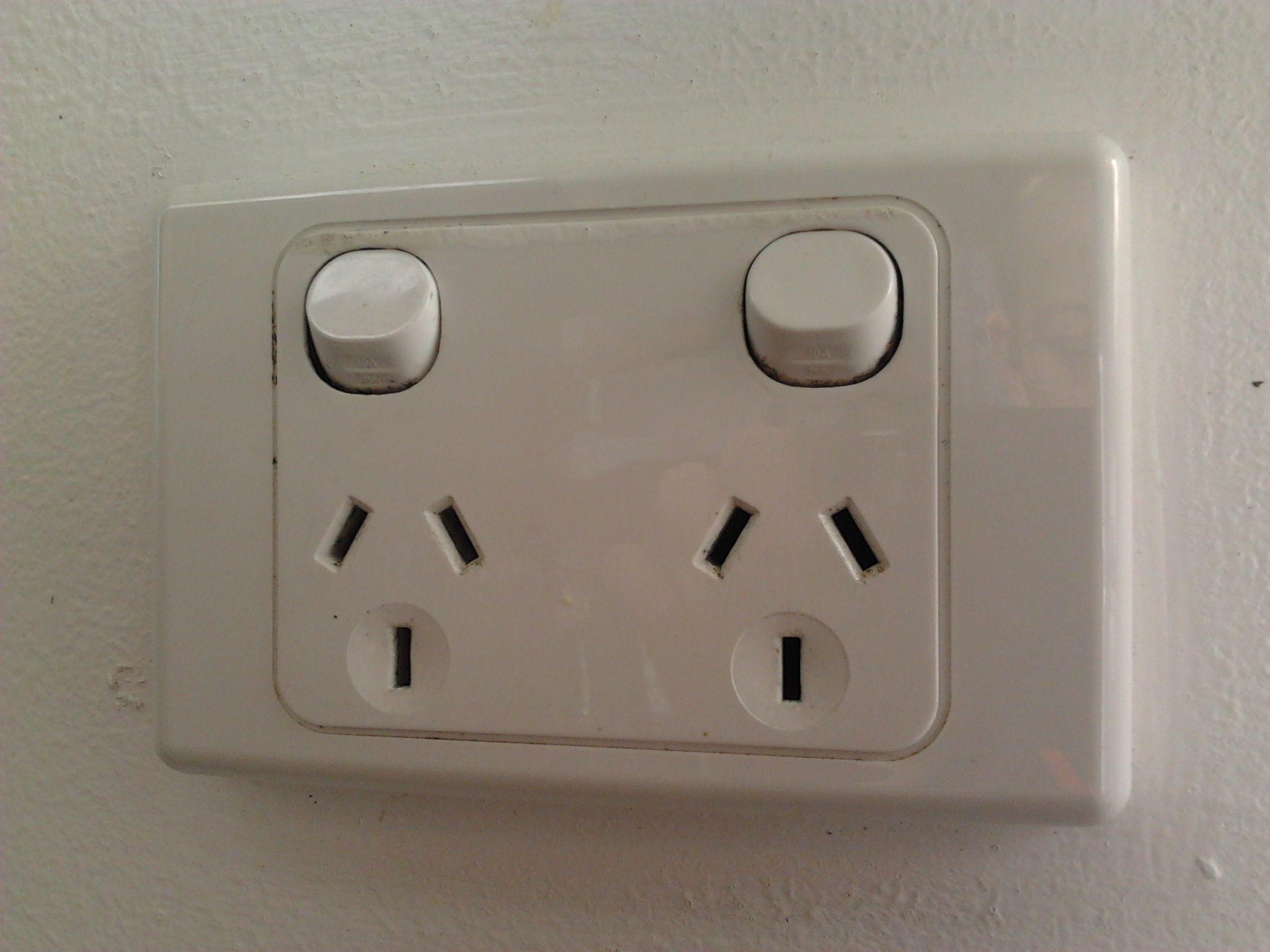australia outlet voltage