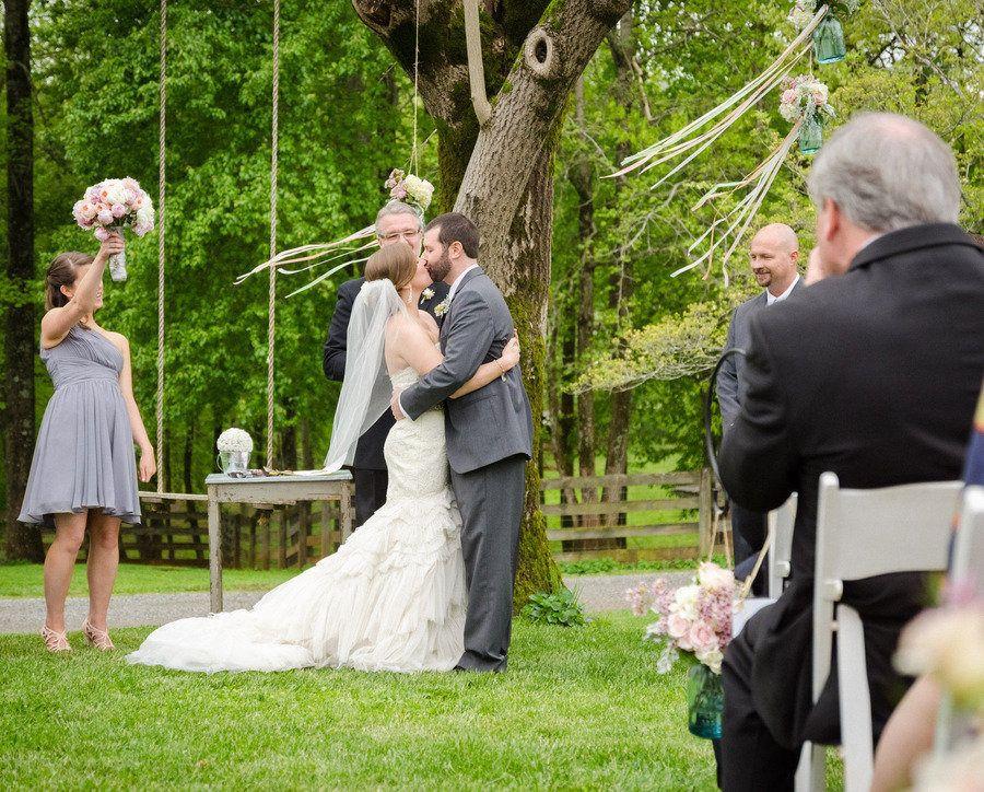 Kellum Valley Farm Wedding by Adam Nash Photography|Flowers by Flower Buds  Read more - http://www.stylemepretty.com/georgia-weddings/2013/08/21/kellum-valley-farm-wedding-by-adam-nash-photography/