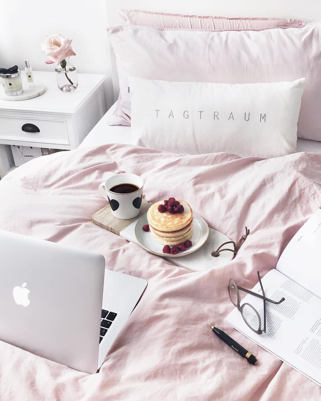 "Sunday Bedroom Inspo Don T Mind If I Do Styling By: Designer On Instagram: ""[Werbung Wegen"