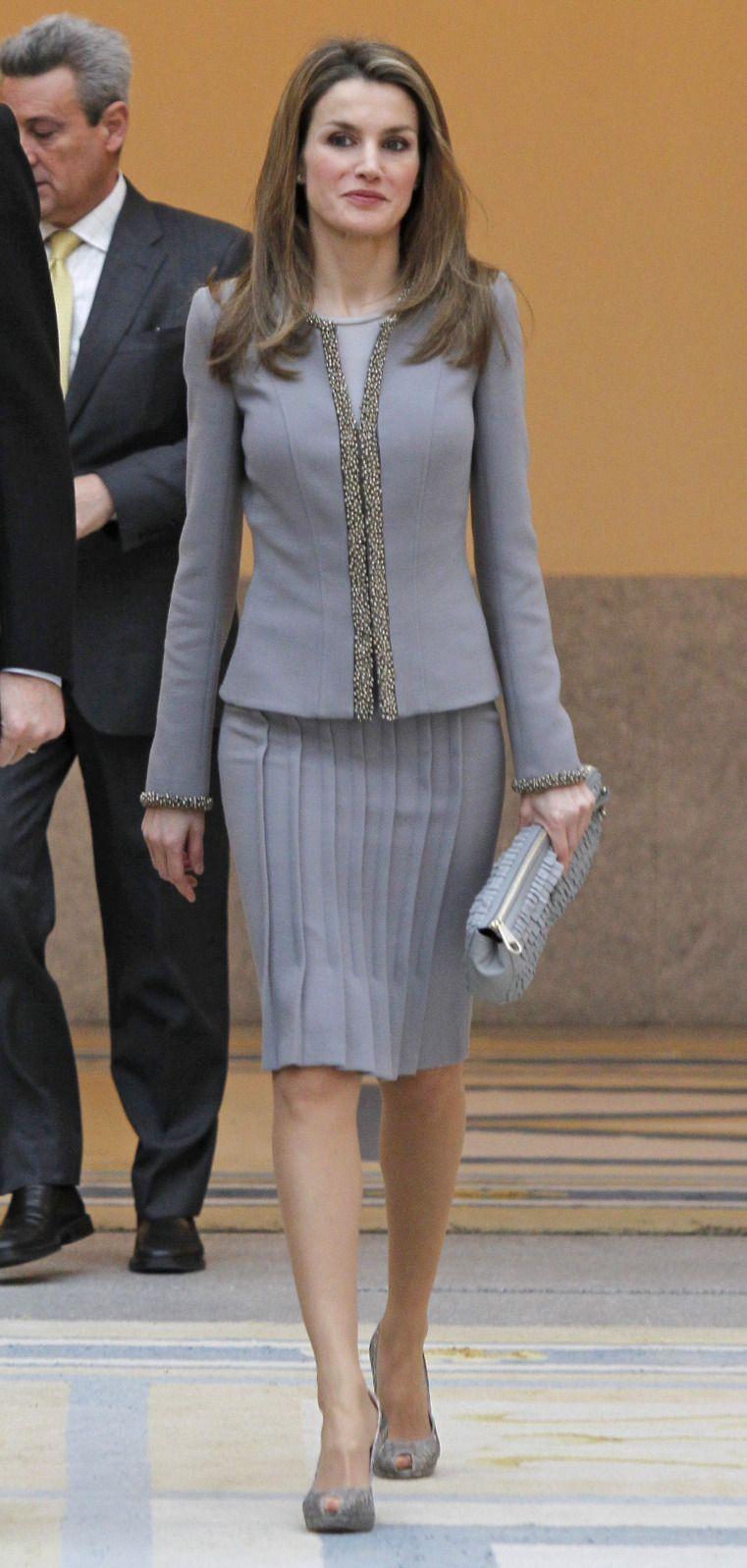 Doña Letizia, Príncesa de Asturias durante la entrega de los Premios Nacionales de Cultura de 2011 y 2012. Feb 2013.