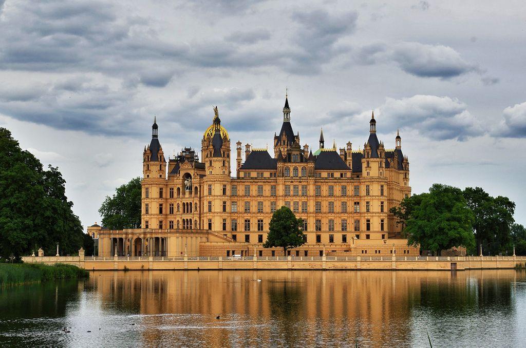 1808 best German Castles images on Pinterest | Germany, Castles ...