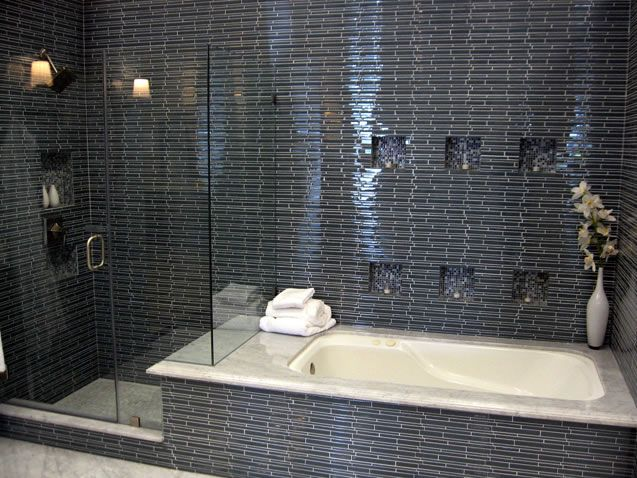 Bathroom Ideas Love The Tile And Bath Tube Next To The Shower Small Bathroom With Shower Small Shower Baths Bathroom Remodel Shower