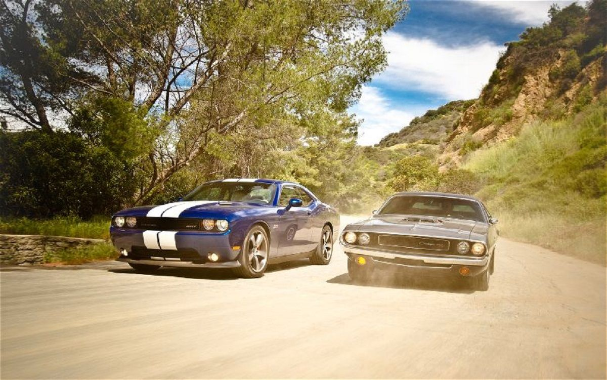 Classic American Muscle Cars - The Old Vs The New | Muscles, 2011 ...