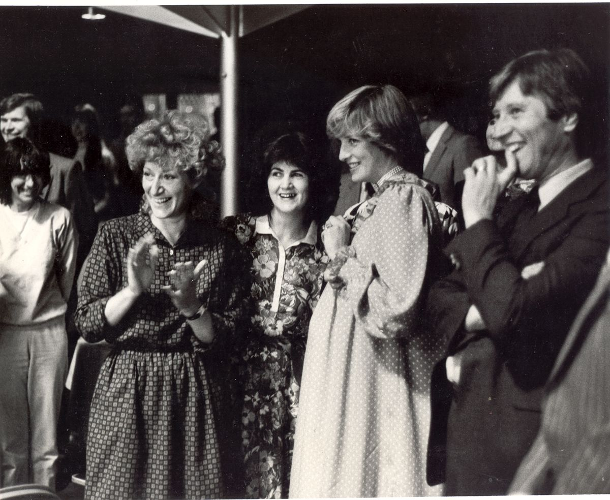 18 may 1982 Princess Diana at the official opening of the Albany, Douglas Way, 1982