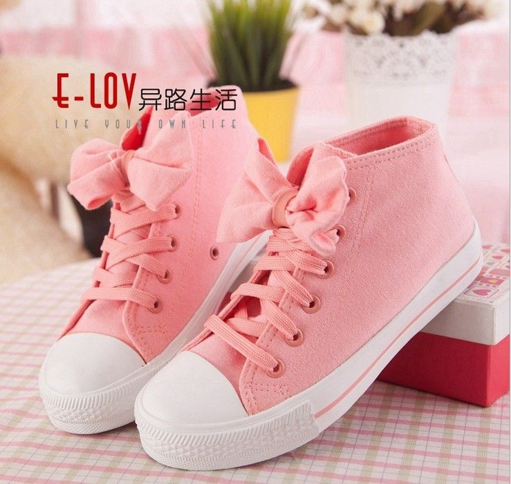 15+ Darling Womens Fashion Elegant Ideas | Pastel shoes