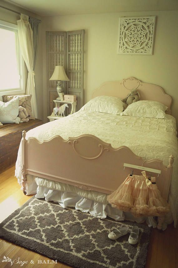Stunning Antique Shabby Chic Double American Full Bed Frame