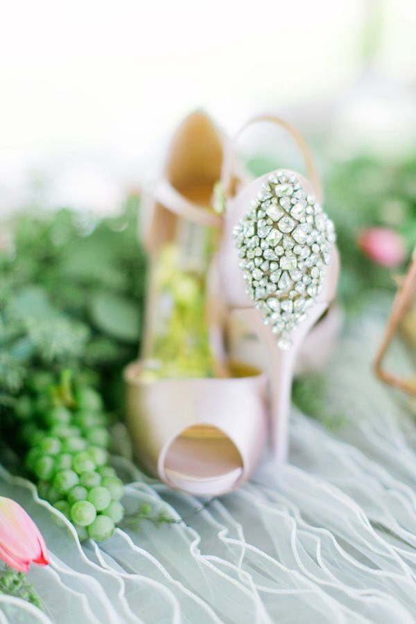 bejeweled wedding shoes - photo by Milou and Olin