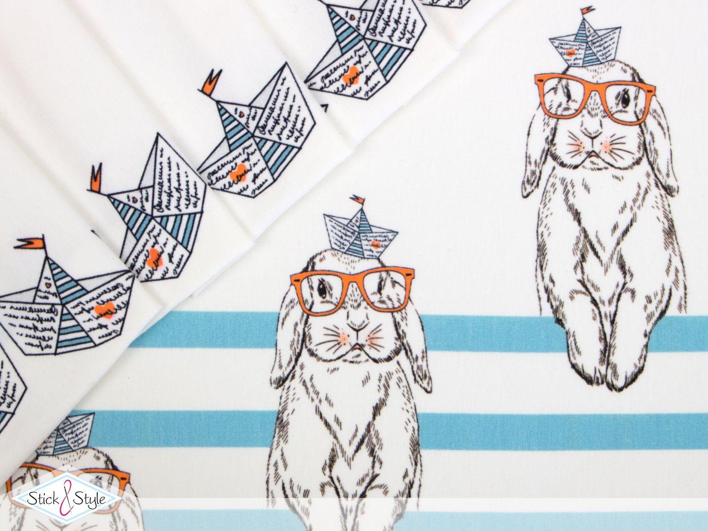 """Mit Freude möchte ich Euch unsere neue Eigenproduktion vorstellen. Diesmal haben wir für Euch, passend zu den ersten Frühlingssonnenstrahlen, einen zuckersüßen Jersey produziert. """"Jersey - Rabbit Ahoi"""" Der Clou an diesem..."""