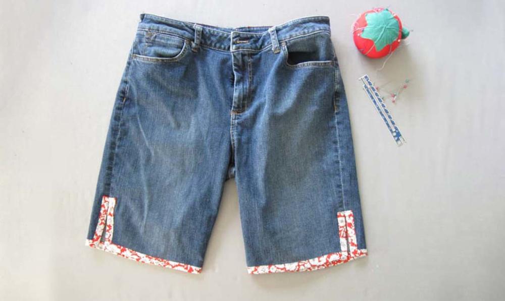 Photo of 3 enkle måter å omgjøre gamle jeans til søte shorts