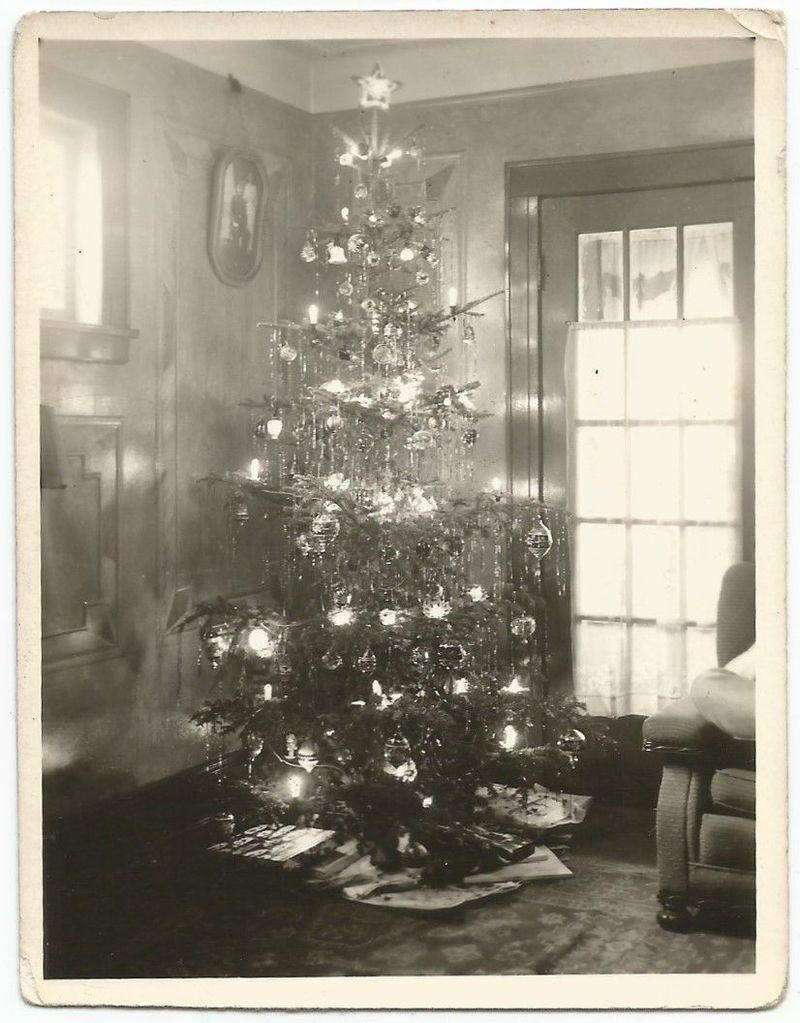 Christmas tree w/lights 1937 old vintage photo/snapshot-g2103 ...