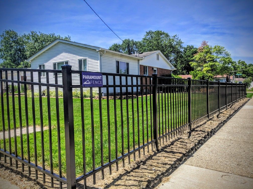 This Standard But Beautiful Aluminum Fence Has A Flat