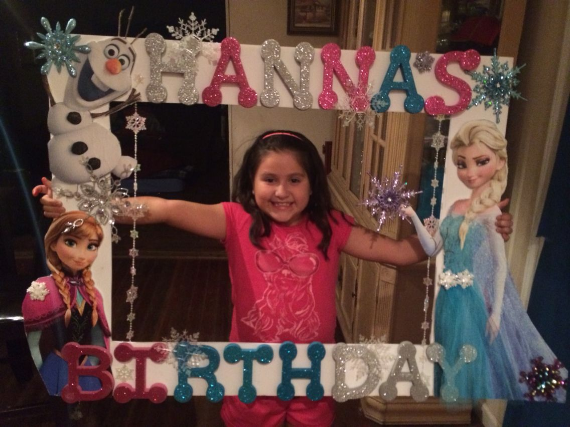 Frozen party picture frame diy pinterest party for Making a large picture frame