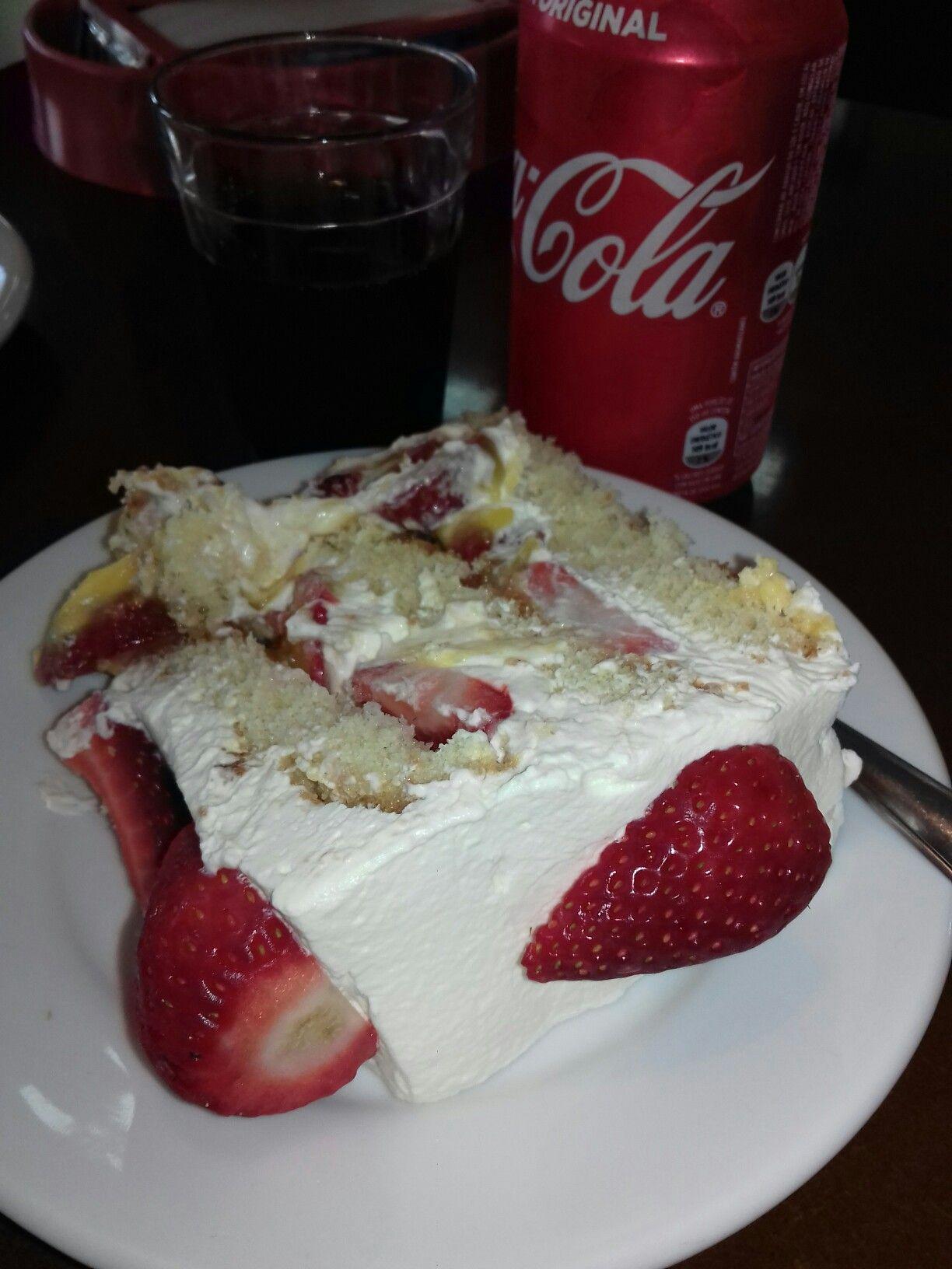 Amo Torta De Morango Da Padaria Imperial Sao Marcos Rs Brasil