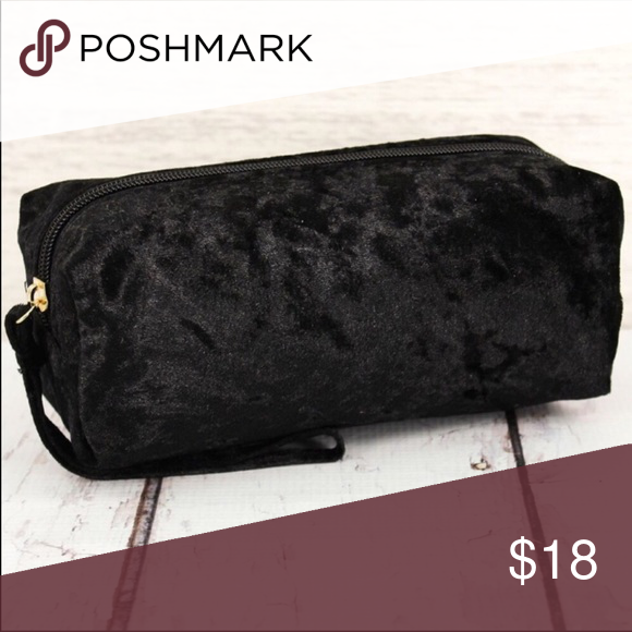 ⚡️⚡️🆕 Black Crushed Velvet Cosmetic Makeup Bag Store or