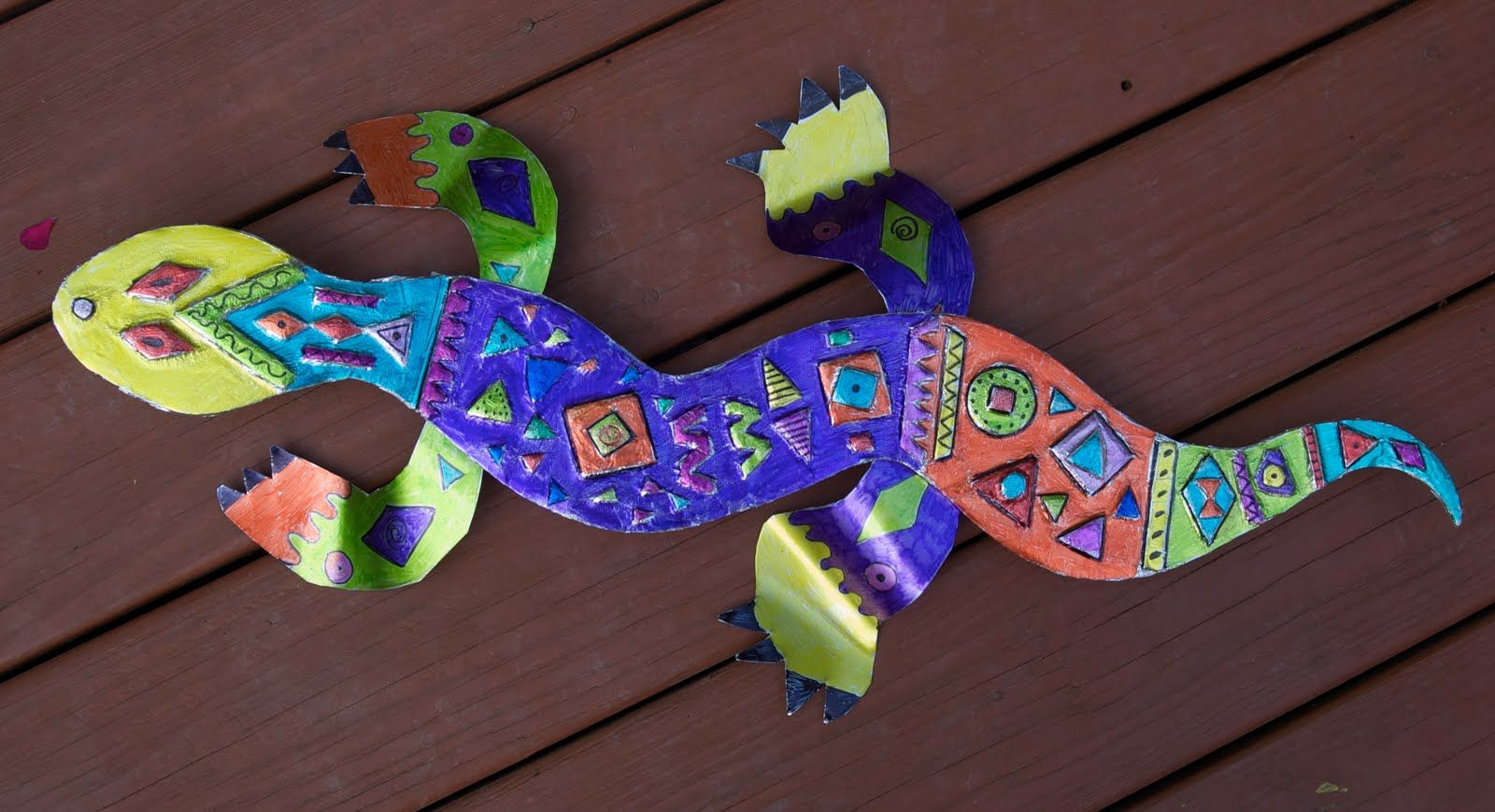 Kids crafts mexican repousse reptiles kids 39 zone for Reptile crafts for kids