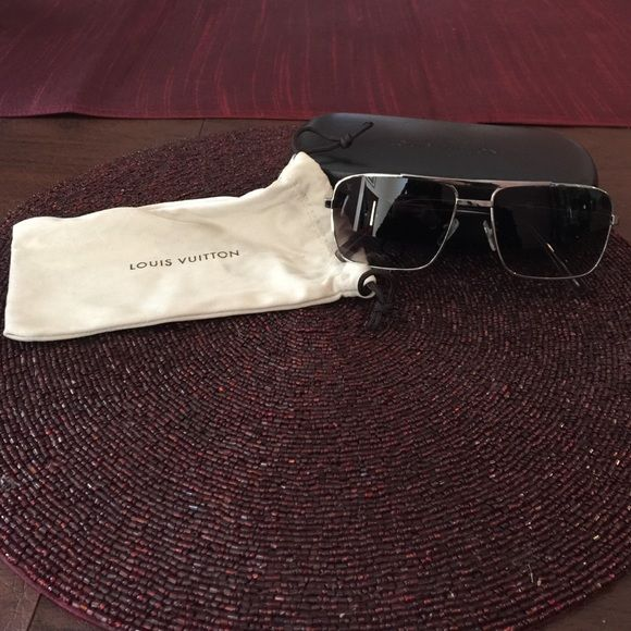 c418bd677e Louis Vuitton Attitude Pilote Sunglasses These are brand new perfect  condition Louis Vuitton Attitude Pilote sunglasses
