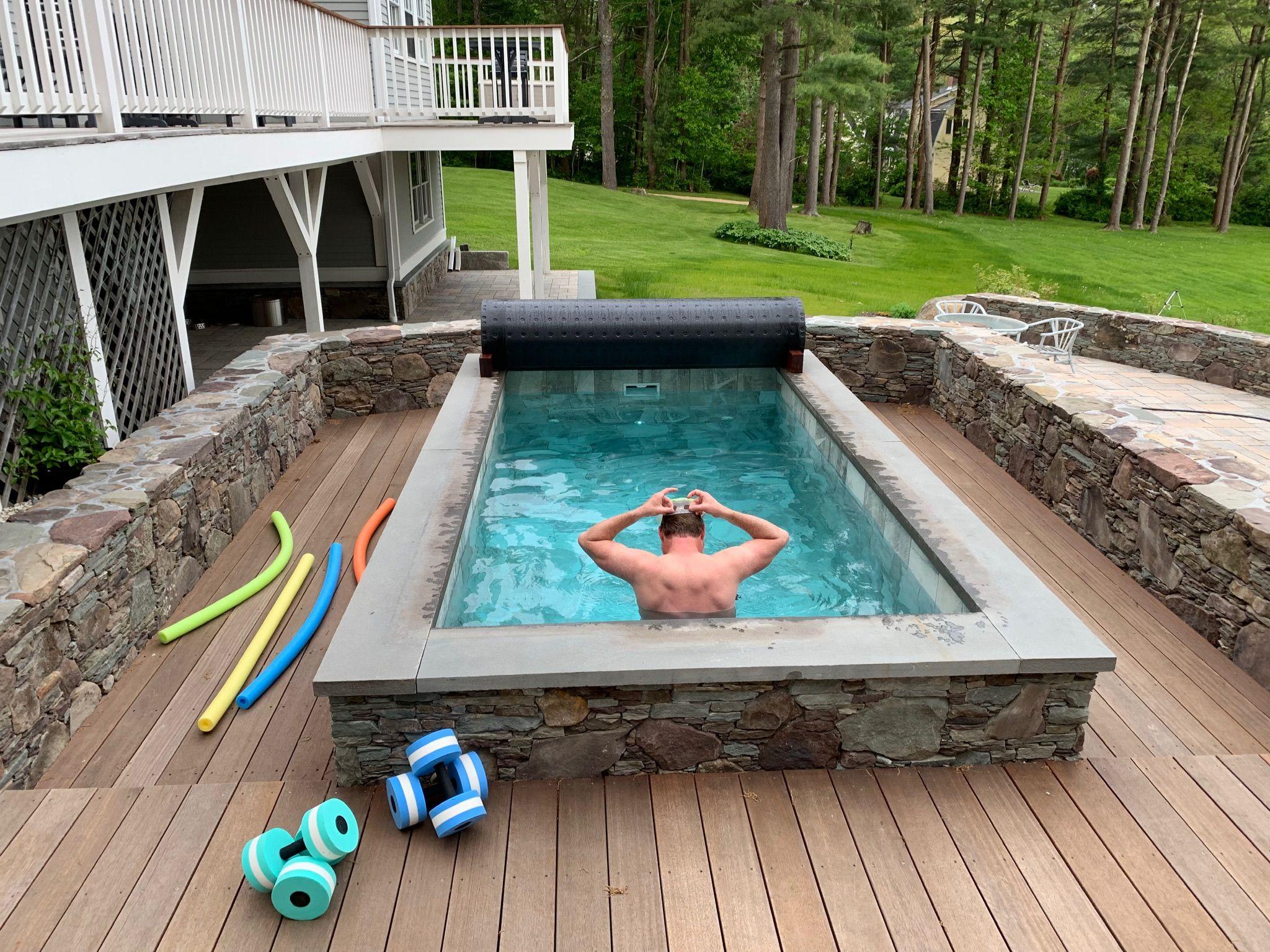 Exercising In A Soake Pool Diy Swimming Pool Small Pools Pool Hot Tub