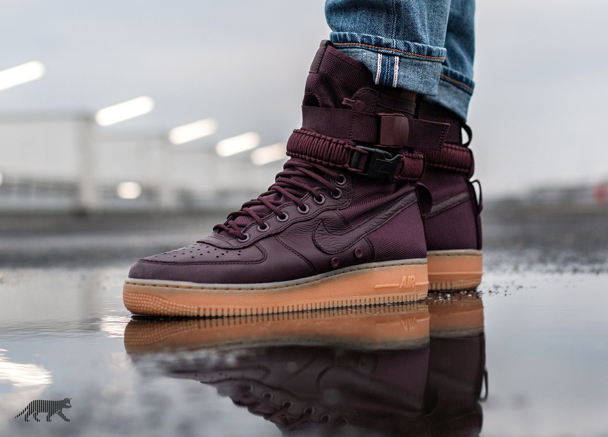 Nike Sf Air Force 1 Mid Sneaker Boots Kicks Shoes Sneakers Fashion