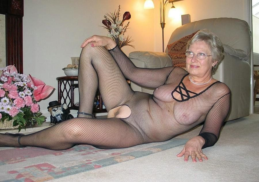 Tits!!!!!!!!! fishnet pantyhose fucking keys to climax love have