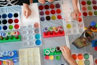 AWESOME - arts & crafts for 2-3 yr olds