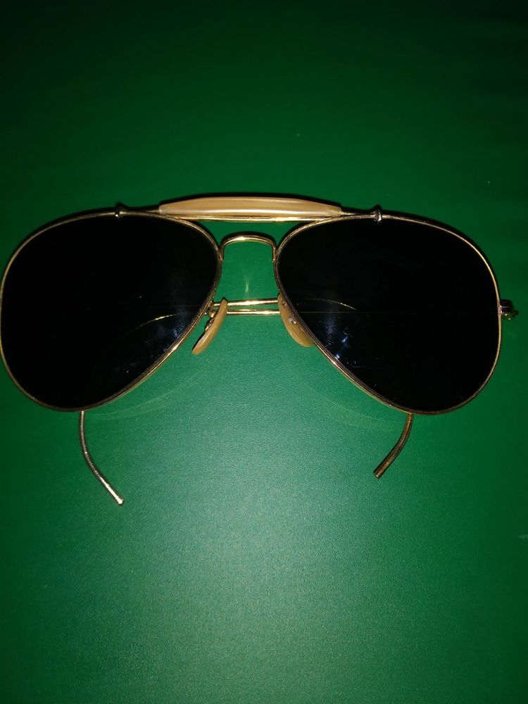 04587f6d906 Vintage ray ban aviator sunglasses