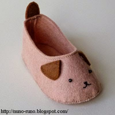Darling Felt slippers, stuffed animals and paper crafts