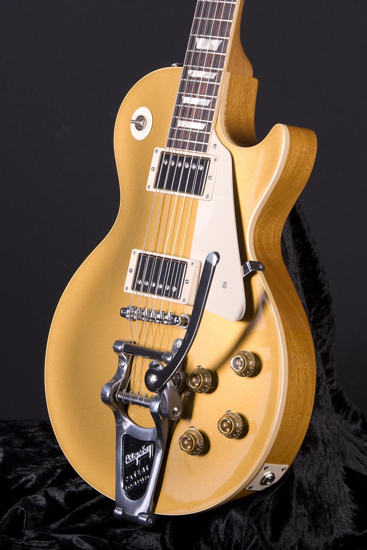 46ce9bd2779d54 Gibson Custom Shop 1957 Les Paul Goldtop Bigsby High Gloss | The ...