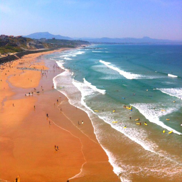 la plage de la c te des basques biarritz t soleil oc ean pays basque biarritz plage. Black Bedroom Furniture Sets. Home Design Ideas