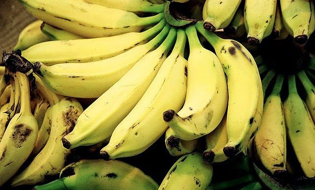 Banana - 5 healthy ingredients to pimp your smoothie! #health #nutrition #food #BeAnAthlete