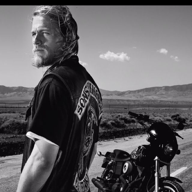Nothing hotter then this man and his bike :) | Sons of ...