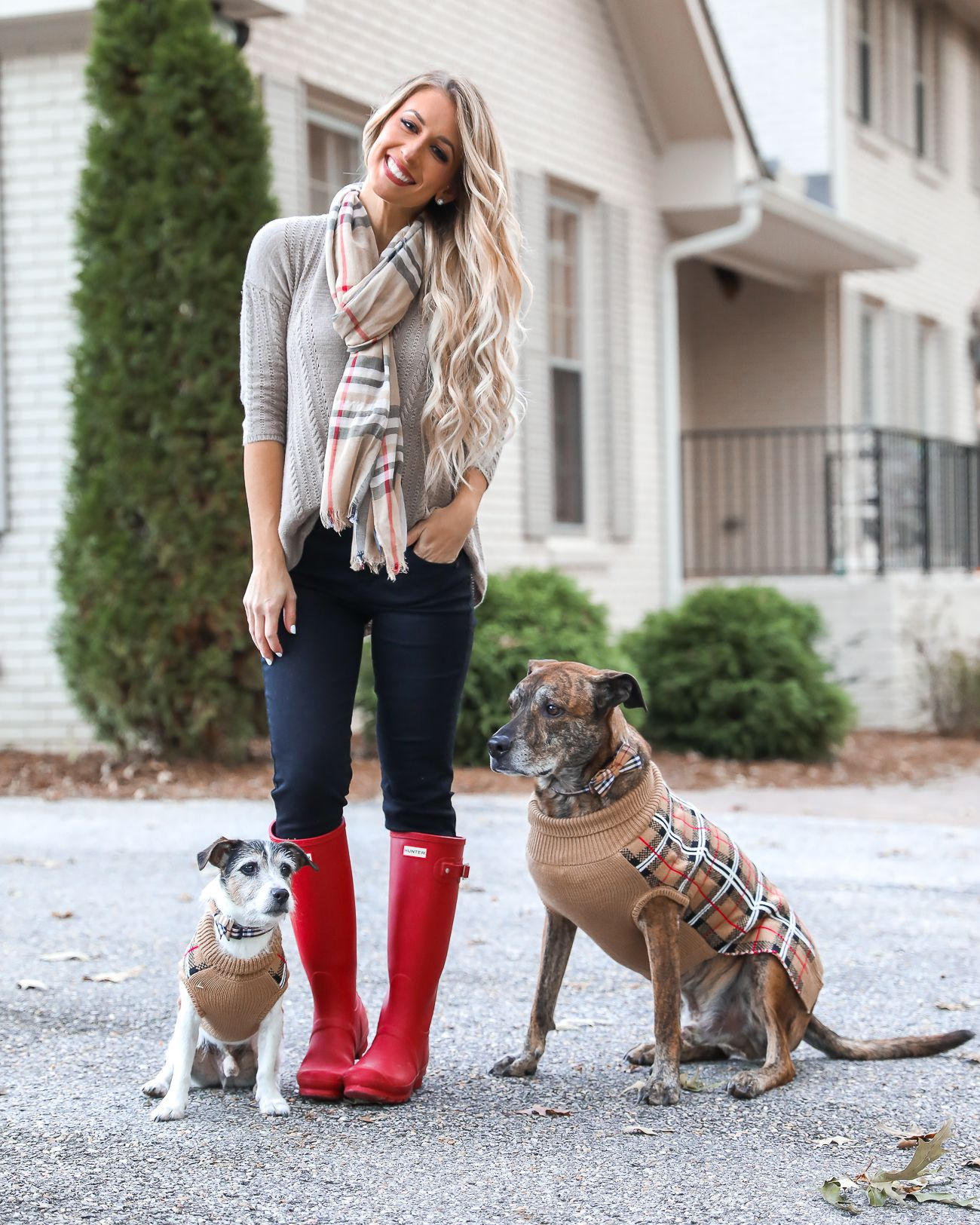 6507de3c42 Thanksgiving Day Outfit Idea Red Hunter Boots Burberry Scarf Dog sweater  Casual Holiday Outfit Idea