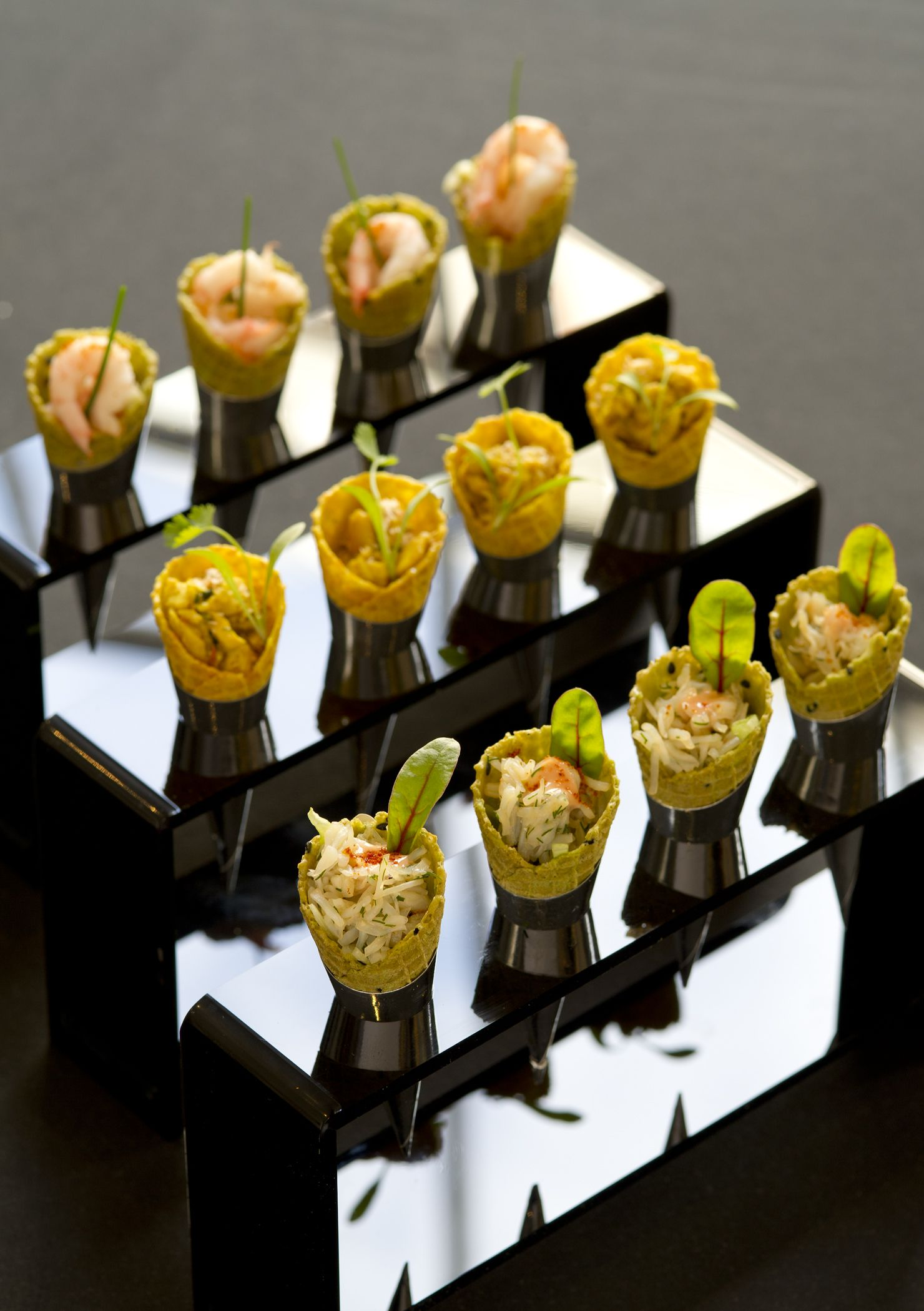 Canape Rapido Paris 195 Piccadilly Canapes Coronation Chicken Cones Passion
