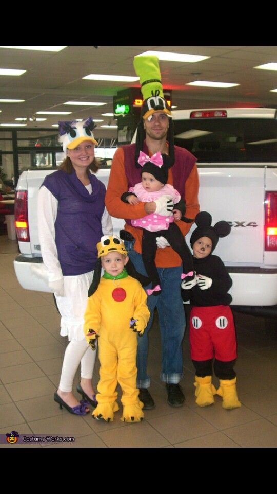 Mikey mouse group idea theme costume ideas Pinterest Mikey - halloween costume ideas for family
