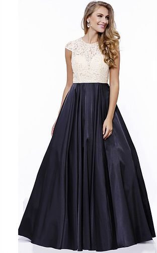 Modest Wedding Dress, Puyallup and Tacoma Prom Dresses, Bridesmaids ...