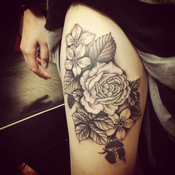 Tattoo Leg Man Rose Flower Black And White: Black Ink Roses And Flowers Tattoo