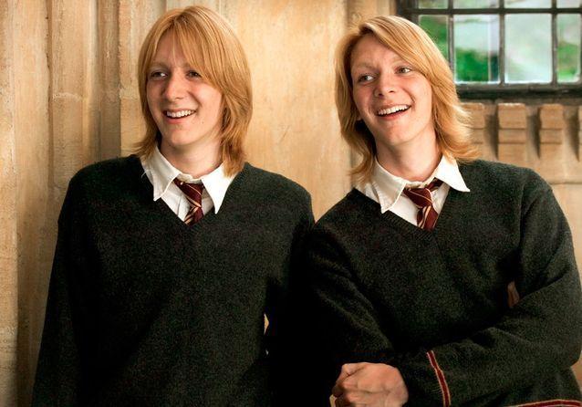 Fred Et George Weasley Que Sont Ils Devenus Les Acteurs De Harry Potter Elle George Weasley Fred And George Weasley Weasley Twins