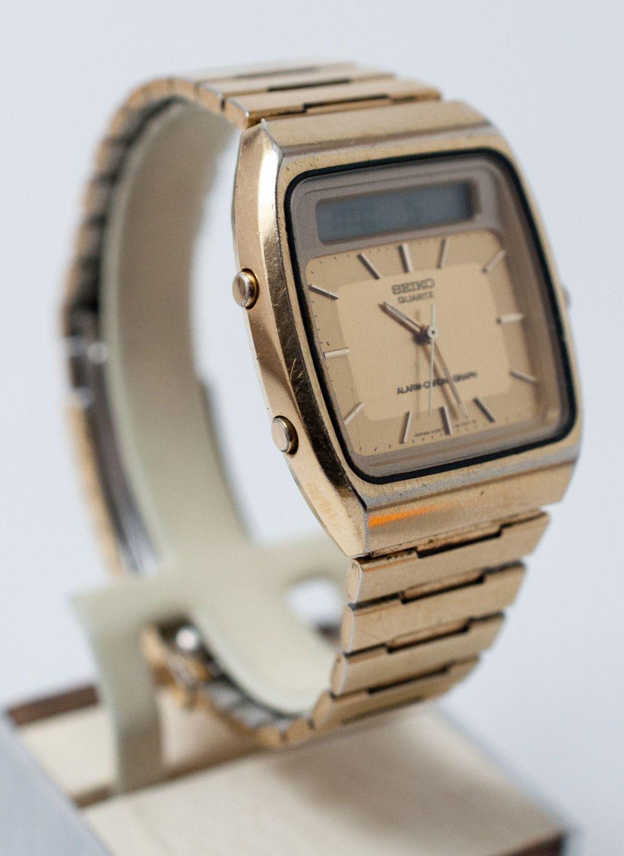 20e5815ea2f Retro 1980s Vintage Seiko Quartz Analog Digital Chronograph Watch ...