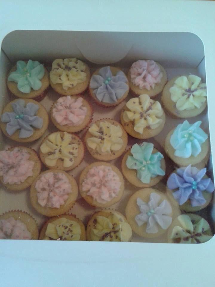 mini yellow cakes