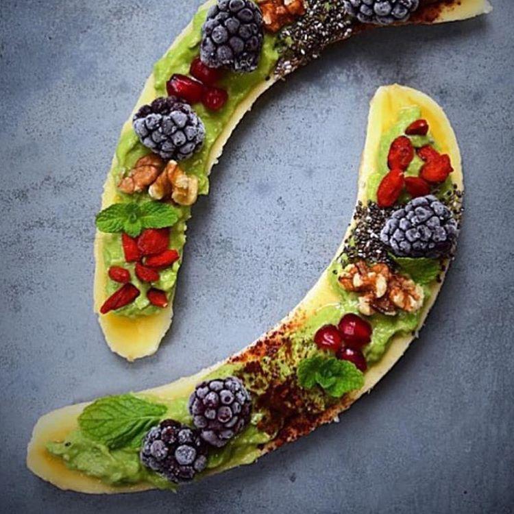 """""""Transformando uma banana em uma obra de arte!  #olioliteam #olioli_lifestyle #goodmorning"""""""