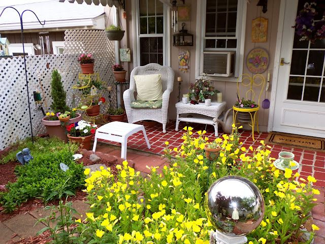 "Faux ""brick"" patio shared by Debbie @ Debbie Dabble - with tutorial!"
