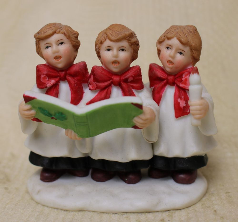 Vintage Lefton Christmas Colonial Village Choir Trio