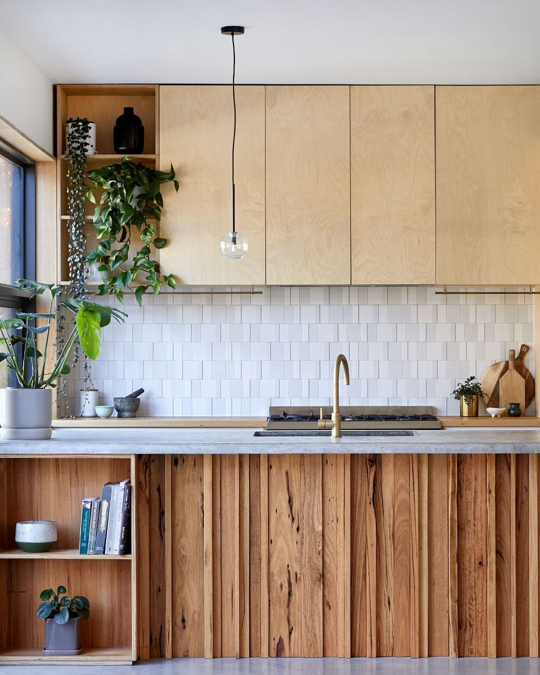 The Design Files On Instagram Architecture Loving This Contemporary Character Filled Kitchen In The Pee New Home Designs California Bungalow House Design