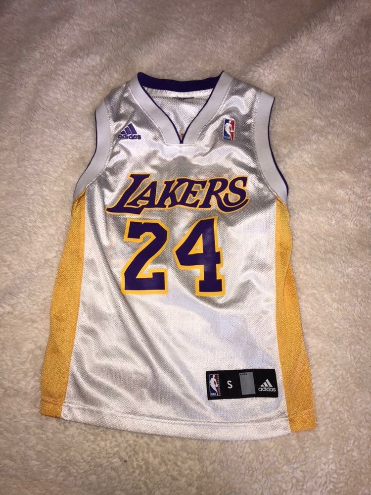 Great condition size small youth adidas Kobe Bryant Lakers Jersey ...