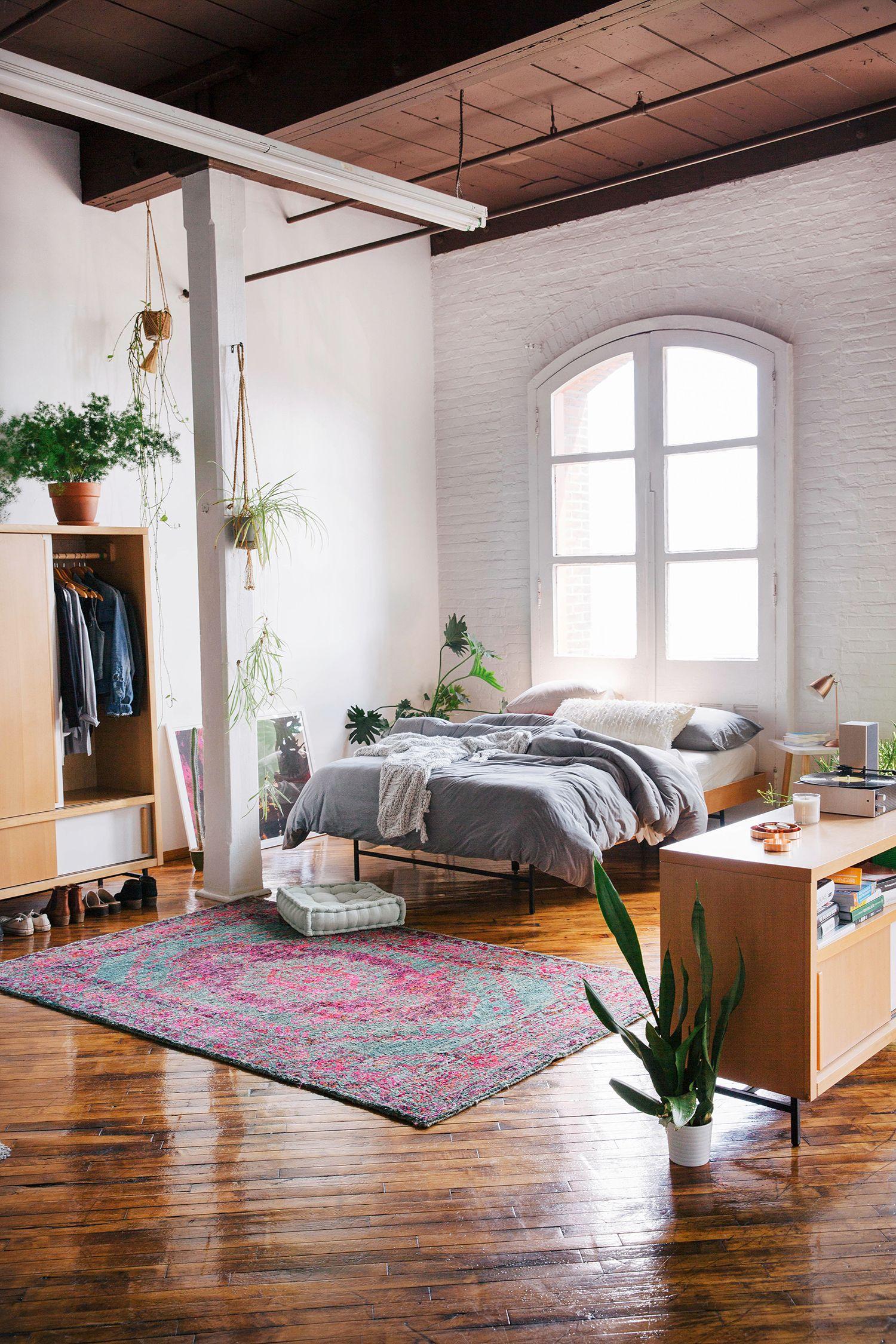 Urban loft bedroom  loft bedroom  casas  Pinterest  Urban outfitters Urban and Bedrooms