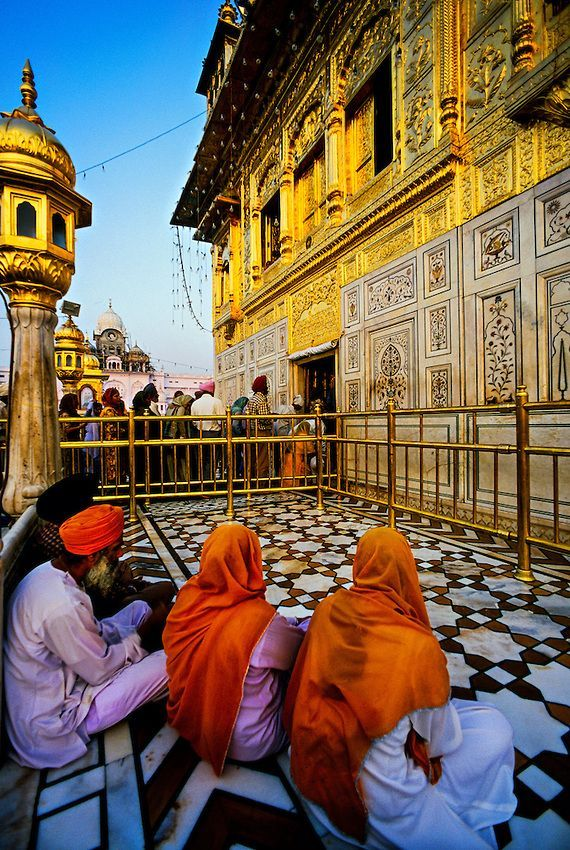 friendship-far-beyond-words:  The Golden Temple - Amritsar; Punjab, India