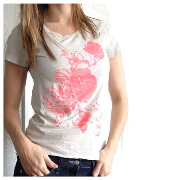 j crew t shirt bright pink floral and textured tan will have you