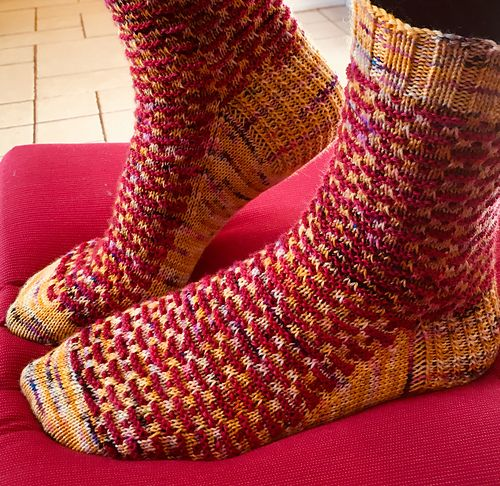 Not Quite Lace Socks pattern by Liz Harris | Fair isles, Mosaics and ...